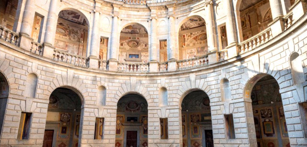   #BELLEZZEDELLATUSCIA   Il Palazzo Farnese - CAPRAROLA