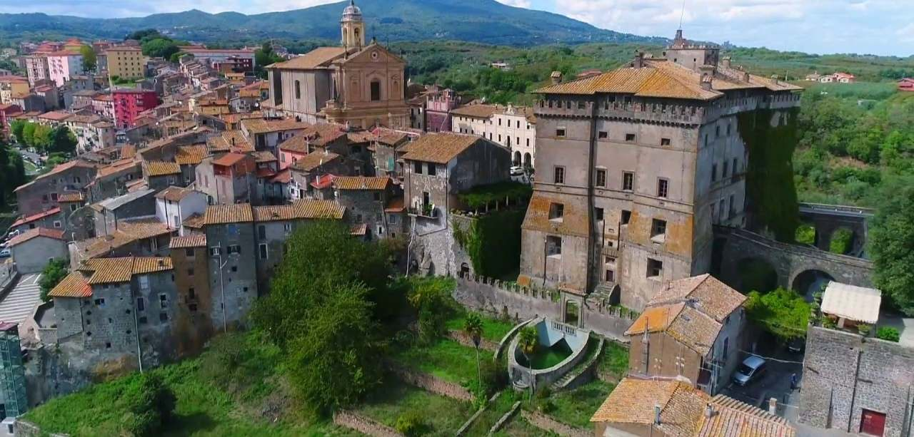 | #BELLEZZEDELLATUSCIA | Il Castello Ruspoli - VIGNANELLO