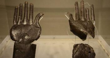 """  fino al 26 SETTEMBRE 2021   MONTALTO DI CASTRO – Prosegue la mostra """"Sfingi, leoni e mani d'argento"""""""